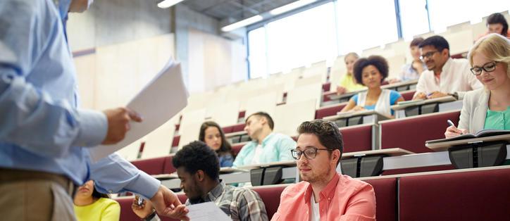 Étudiant Université Copie Professeur Amphithéâtre