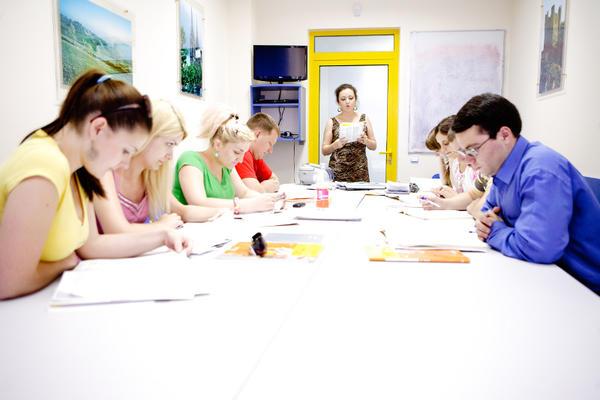 étudiants en cours de français